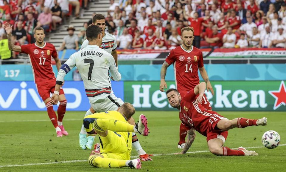 Cristiano Ronaldo wraps up the win with the third goal.