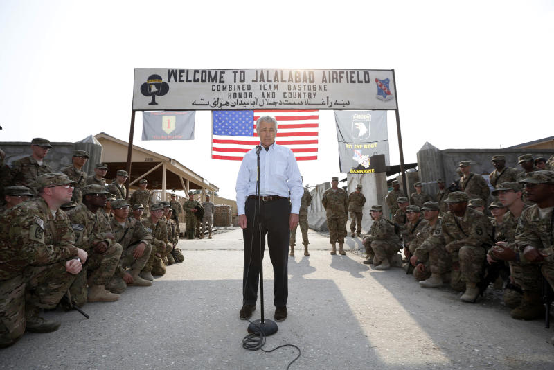 U.S. Defense Secretary Chuck Hagel speaks to members of the U.S. Army 101st Airborne Airborne Division during his visit to Jalalabad Airfield in eastern Afghanistan, Saturday, March 9, 2013. It is Hagel's first official trip since being sworn-in as President Barack Obama's defense secretary. (AP Photo/Jason Reed, Pool)