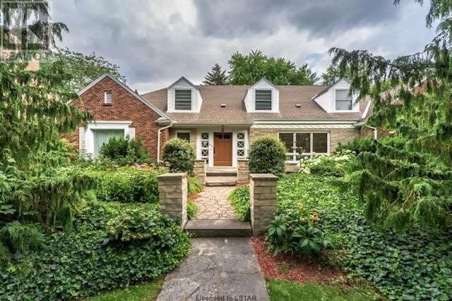 <p><span>1058 Fraser Ave., London, Ont.</span><br> Location: London, Ontario<br> List Price: $995,000<br> (Photo: Zoocasa) </p>