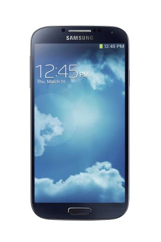 Staples announces the availability of the Samsung Galaxy(R) S 4, an innovative smartphone that lets ...