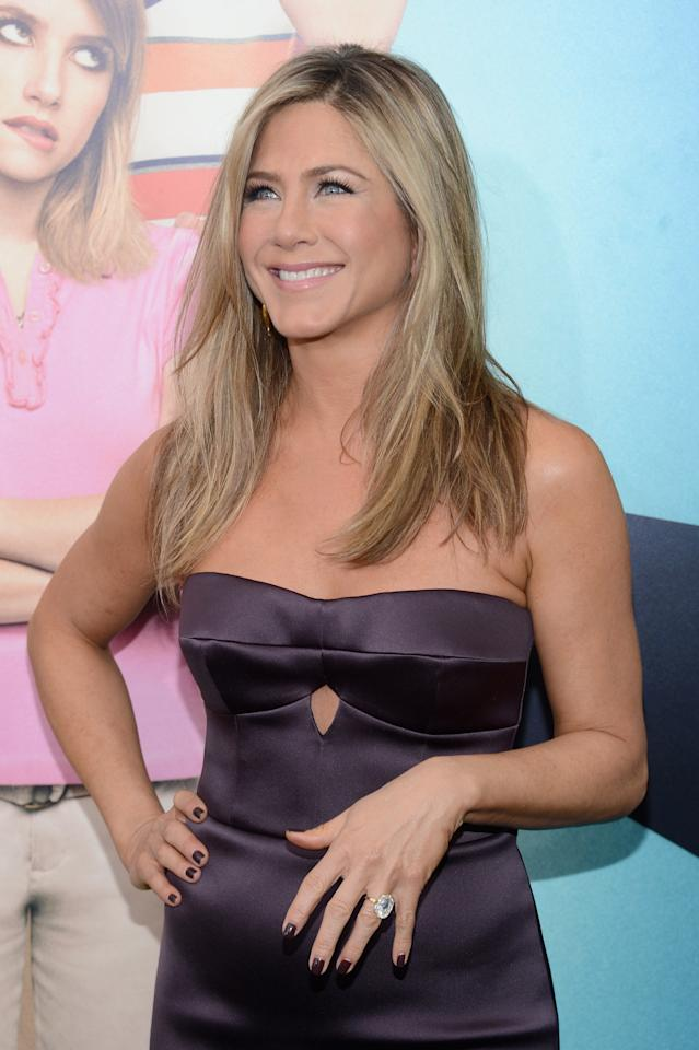 """NEW YORK, NY - AUGUST 01:  Actress Jennifer Aniston attends the """"We're The Millers"""" New York Premiere at Ziegfeld Theater on August 1, 2013 in New York City.  (Photo by Larry Busacca/Getty Images)"""