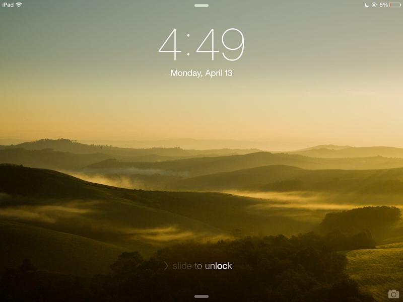 Apple iPad lock screen slide-to-unlock shine