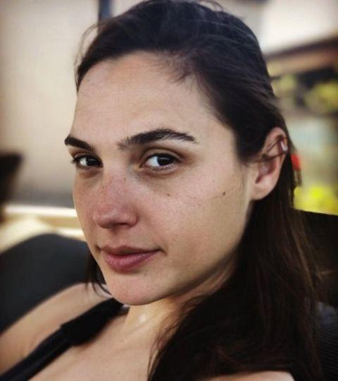 <p>Wonder Woman herself posted this makeup-free picture on Instagram.</p>
