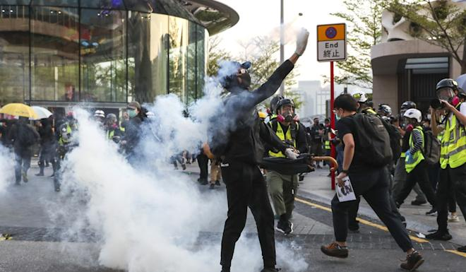 Tear gas was repeatedly fired after protesters deviated from the route of an approved march between Tsim Sha Tsui and Hung Hom on Sunday. Photo: Sam Tsang