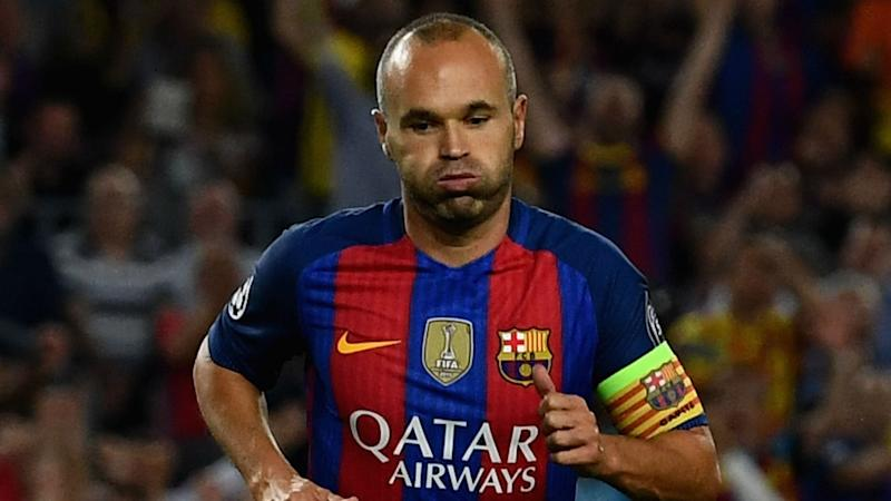 Only Iniesta can decide his Barcelona future, insists Luis Enrique
