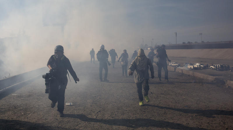 New Sinclair Segment Defends Tear-Gassing Of Migrant Children At Border