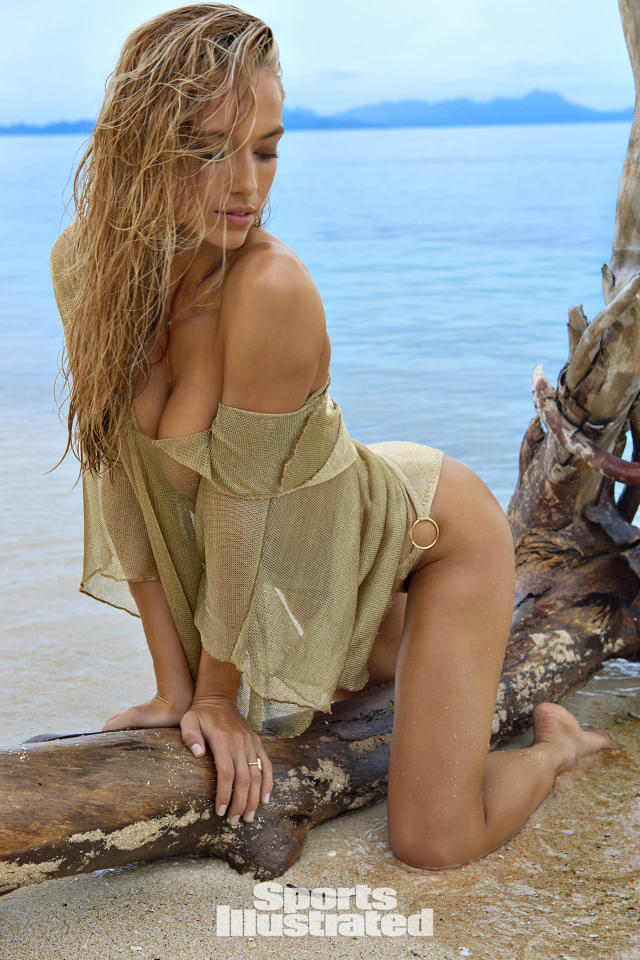 <p>Hannah Ferguson was photographed by Yu Tsai in Fiji. Swimsuit by Elizabeth Kosich New York. Top by isabella rose. </p>