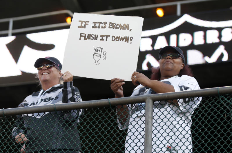 OAKLAND, CA - SEPTEMBER 09: Oakland Raiders fans make their sentiments towards former Raider Antonio Brown known as the team warms up before their season opener against the Denver Broncos at the Coliseum in Oakland, Calif., on Monday, Sept. 9, 2019. (Photo by Jane Tyska/MediaNews Group/The Mercury News via Getty Images)