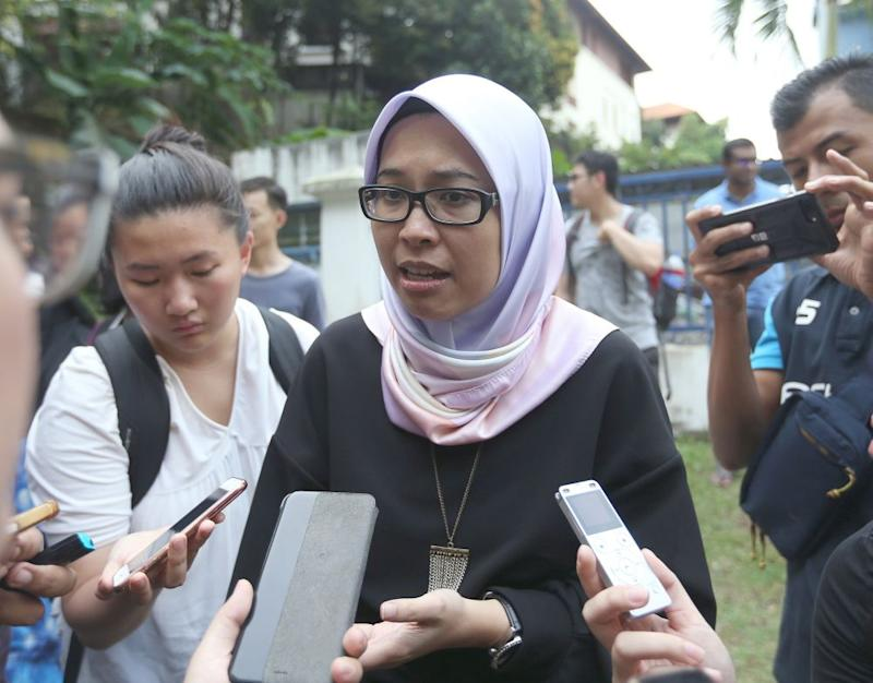 Fadiah said she was overwhelmed by the support she received and said the current generation has to continue championing freedom of speech for the betterment of future Malaysians. — Picture by Razak Ghazali