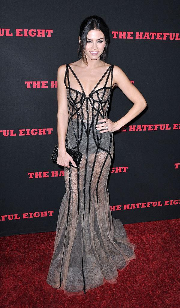 Jenna Dewan Tatum in Marchesa. (Photo: Getty Images)
