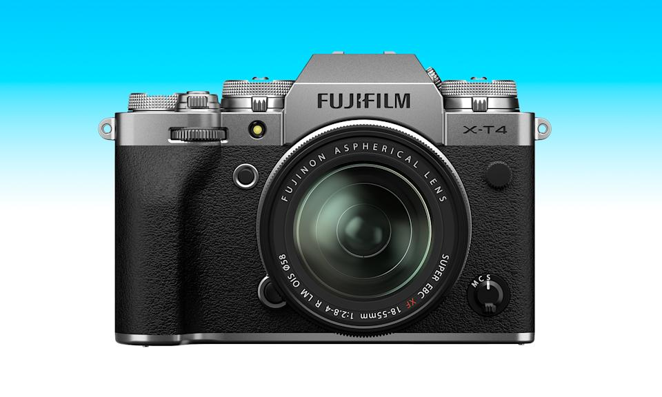 An item from the Engadget 2021 Father's Day gift guide: Fujifilm X-T4
