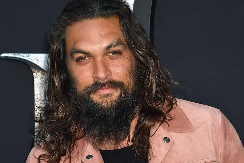 Game of Thrones ' Jason Momoa Shaved His Trademark Beard and Fans Are in a Frenzy