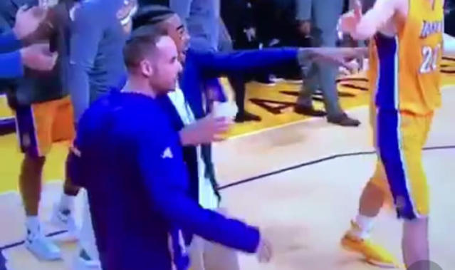 "D'Angelo Russell really appreciated Nick Young's ""ice in my veins"" shoutout on Tuesday night. (Vine)"
