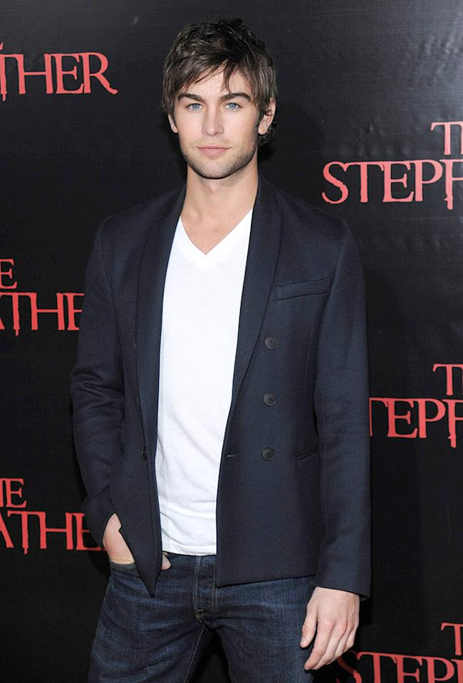 """Who wouldn't want to share a box of chocolates with the equally-edible Chace Crawford this Valentine's Day weekend? Dimitrios Kambouris/<a href=""""http://www.wireimage.com"""" target=""""new"""">WireImage.com</a> - October 4, 2009"""