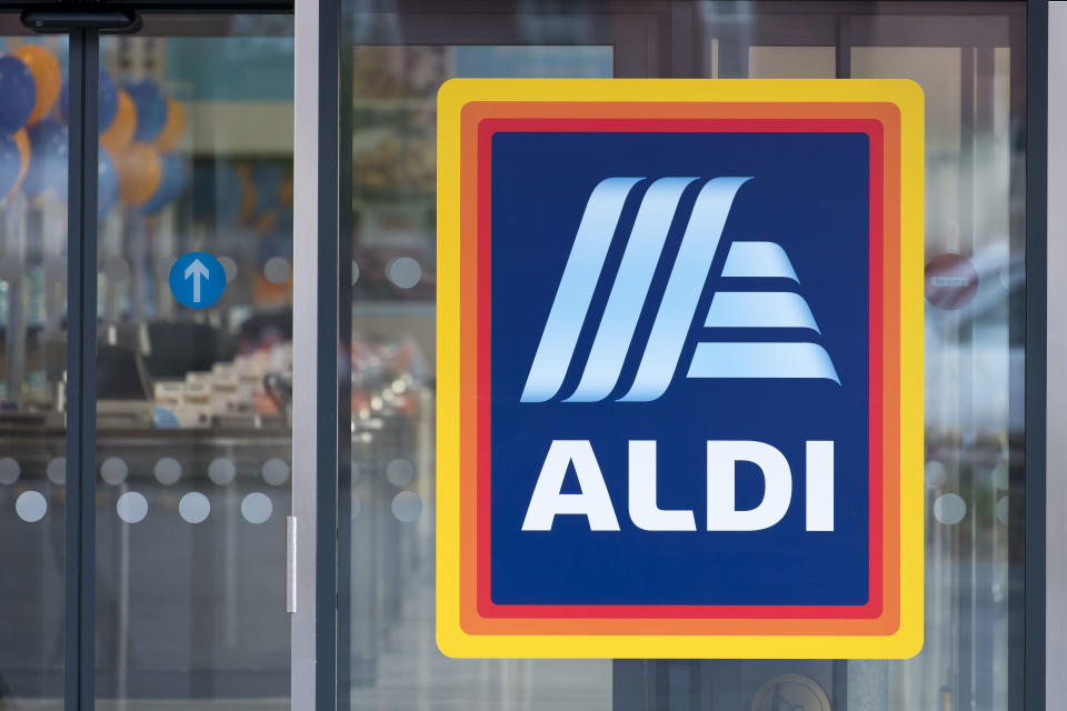 Image of ALDI store after shopper in trouble for buying wine while with teenage daughters.