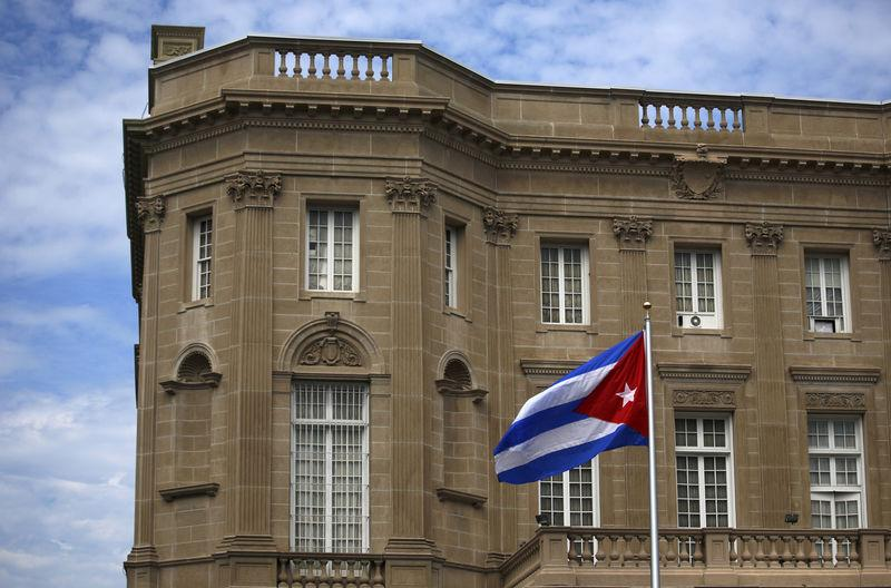 Washington expulse 15 diplomates cubains, La Havane proteste