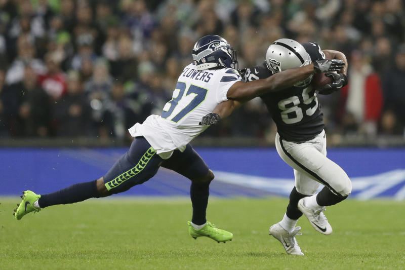 Raiders seeking first-round pick for Amari Cooper