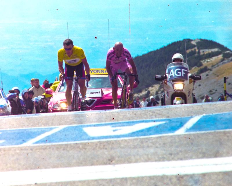 Lance Armstrong and Marco Pantani reach the top of Mont Ventoux on stage 12 of the 2000 Tour de France