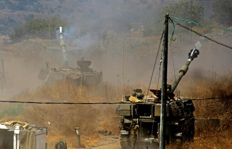 Israeli artillery pounds border areas of south Lebanon in response to Wednesday's rocket fire