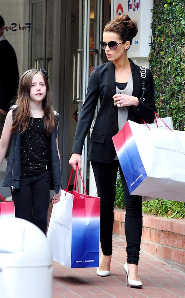 """A refreshingly casual Kate Beckinsale hit up Fred Segal in Santa Monica, California, for a girls-only shopping session with her adorable daughter Lily Sheen. Later Kate, her husband Len Wiseman, Lily, and a friend, caught some culture at the Santa Monica Performing Arts Center. Splash News/<a href=""""http://www.splashnewsonline.com"""" target=""""new"""">Splash News</a> - December 13, 2009"""