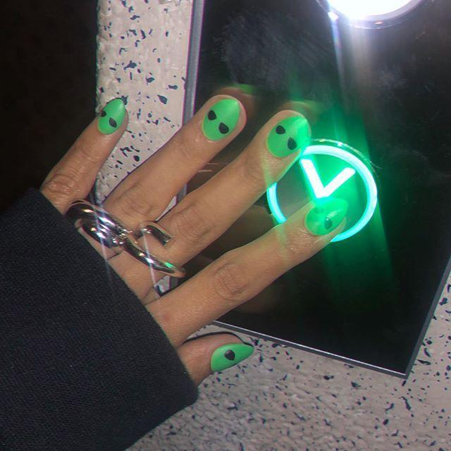 "<p>This alien design is not only extra cool but also super easy, too. All you need to do is swipe on some neon green polish then use the tip of the brush to make two black dots for eyes. Done!</p><p><a href=""https://www.instagram.com/p/B3kKdg7lV2-/?utm_source=ig_embed&utm_campaign=loading"" rel=""nofollow noopener"" target=""_blank"" data-ylk=""slk:See the original post on Instagram"" class=""link rapid-noclick-resp"">See the original post on Instagram</a></p>"