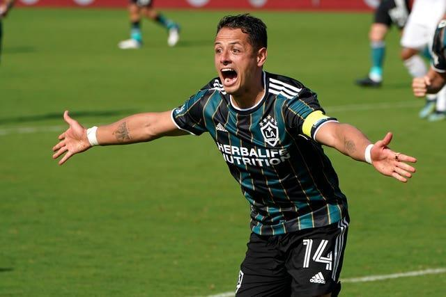 Javier Hernandez celebrates his second goal