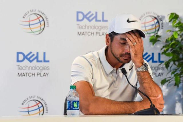 """<a class=""""link rapid-noclick-resp"""" href=""""/pga/players/7542/"""" data-ylk=""""slk:Jason Day"""">Jason Day</a> gets emotional as he speaks to the media about his mom's cancer after withdrawing from the World Golf Championships. (PGA TOUR)"""