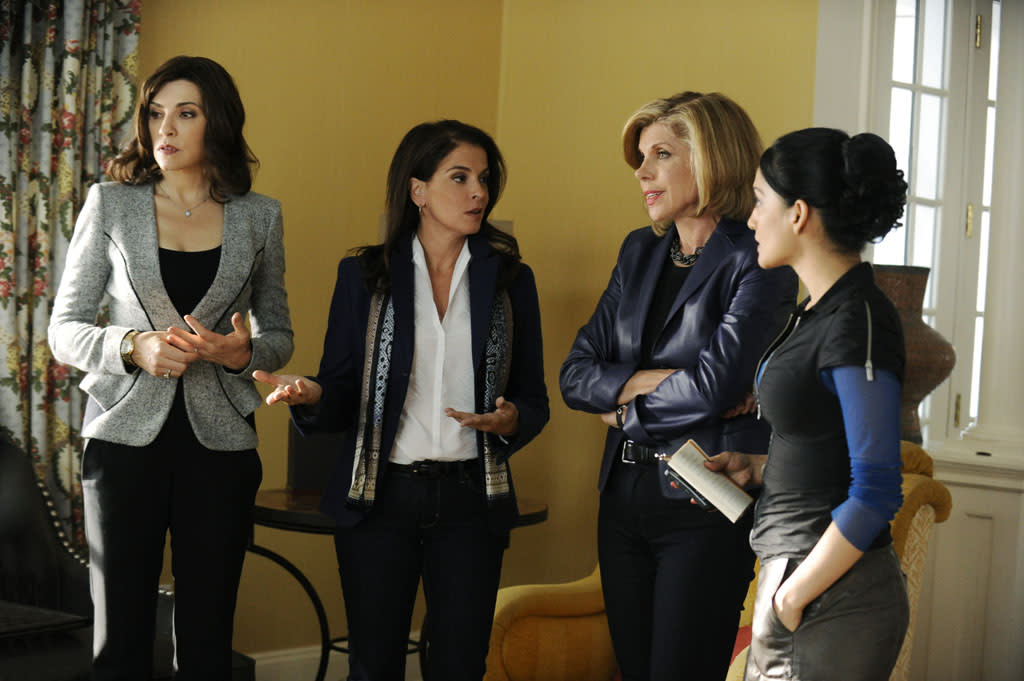 """When drug dealer Lemond Bishop learns that one of his accountants has been arrested, he turns to Alicia (Julianna Margulies), his second lawyer, Lesli Rand (Annabella Sciorra), Diane (Christine Baranski) and Kalinda (Archie Panjabi) for help in """"Waiting for the Knock,"""" the fifth episode of """"The Good Wife"""" Season 4."""