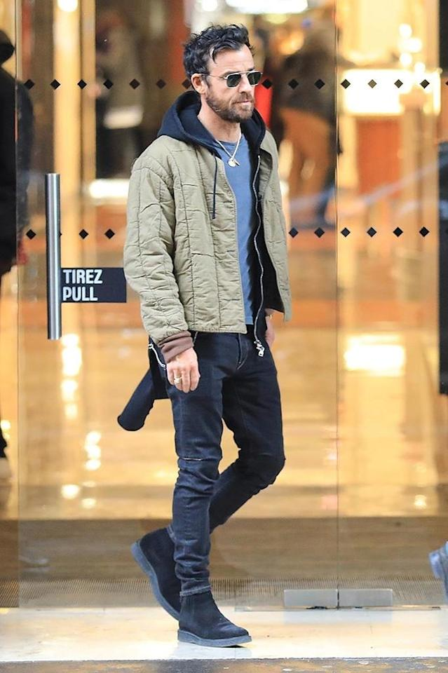 <p><em>The Leftovers</em> star, who has been keeping a low profile since announcing his split from wife Jennifer Aniston, was seen engaging in some retail therapy in Paris on Sunday as he hit some shops just hours after arriving. (Photo: Best Image/Backgrid)<br><br></p>