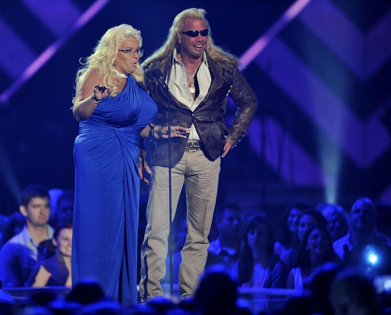 'Dog the Bounty Hunter' star Beth Chapman remains in hospital, surrounded by family