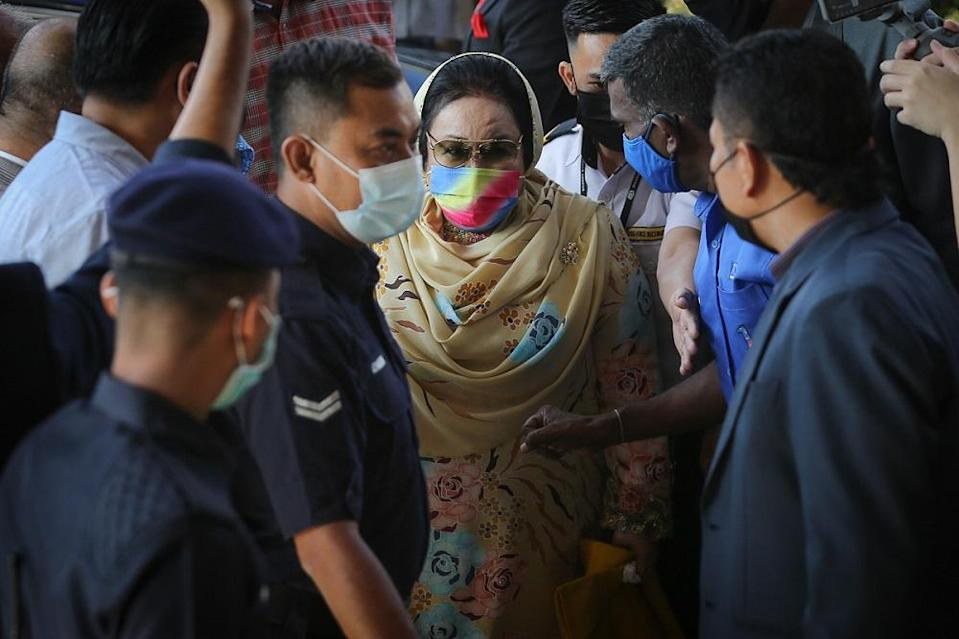 Datin Seri Rosmah Mansor arrives at the Kuala Lumpur High Court Complex February 18, 2021. — Picture by Yusof Mat Isa