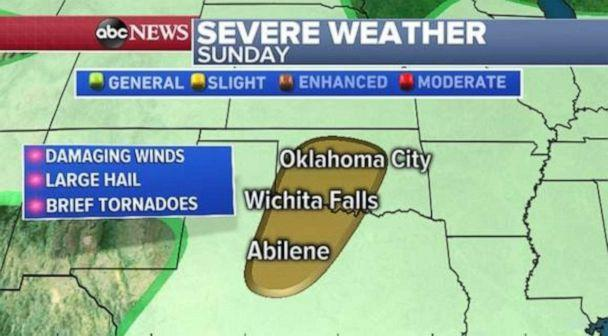 PHOTO: A chance for damaging winds and large hail exists in central Oklahoma and northern Texas on Sunday. (ABC News)