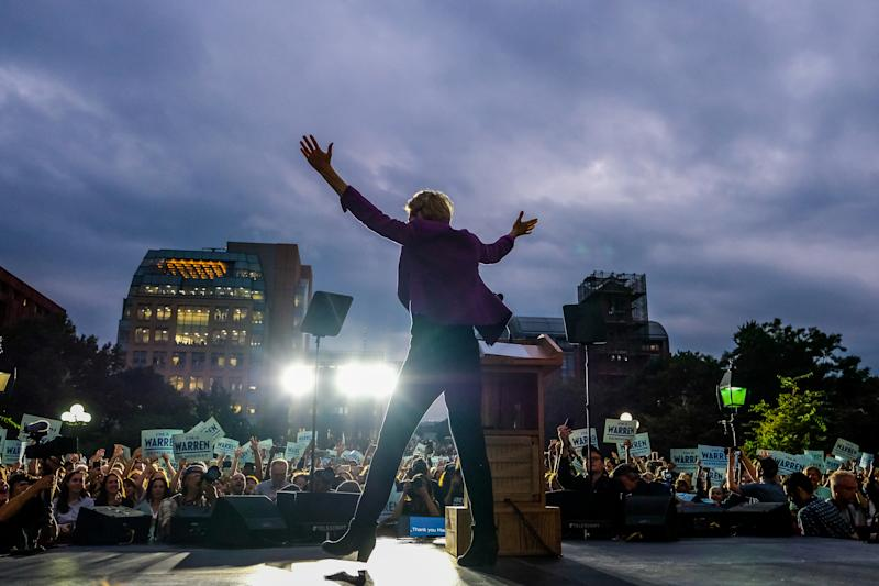 Elizabeth Warren speaks during a rally at Washington Square Park in New York City. (Photo: Preston Ehrler/SOPA Images/LightRocket via Getty Images)