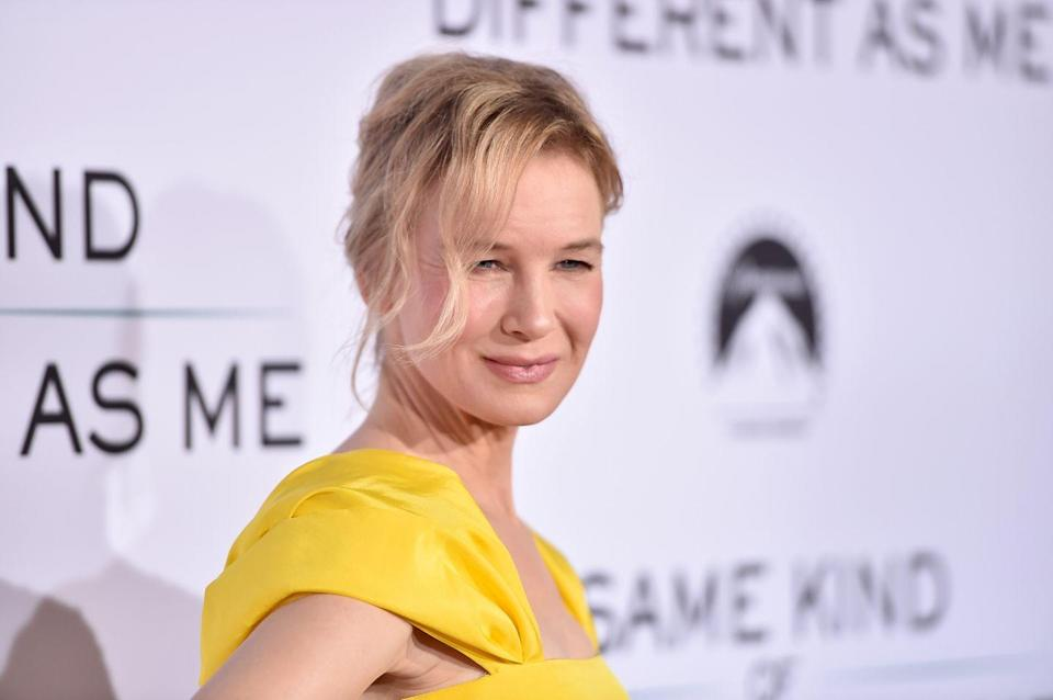<p>To play Bridget in <em>Bridget Jone's Diary</em> in 2001, Zellweger went from a size 4 to a size 14. </p>