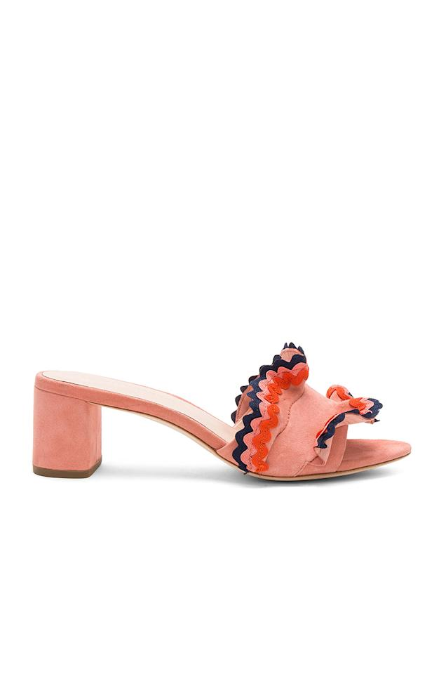 """<p><strong>Loeffler Randall</strong></p><p>revolve.com</p><p><strong>$147.00</strong></p><p><a href=""""https://go.redirectingat.com?id=74968X1596630&url=https%3A%2F%2Fwww.revolve.com%2Fdp%2FLOEF-WZ283%2F&sref=http%3A%2F%2Fwww.cosmopolitan.com%2Fstyle-beauty%2Ffashion%2Fg28281273%2Fbest-shoe-brands%2F"""" target=""""_blank"""">Shop Now</a></p><p>Loeffler Randall doesn't only make shoes, but the ones they do make are distinctive, colorful, and dramatic in the best way possible. Take these pretty slides, for example.</p>"""