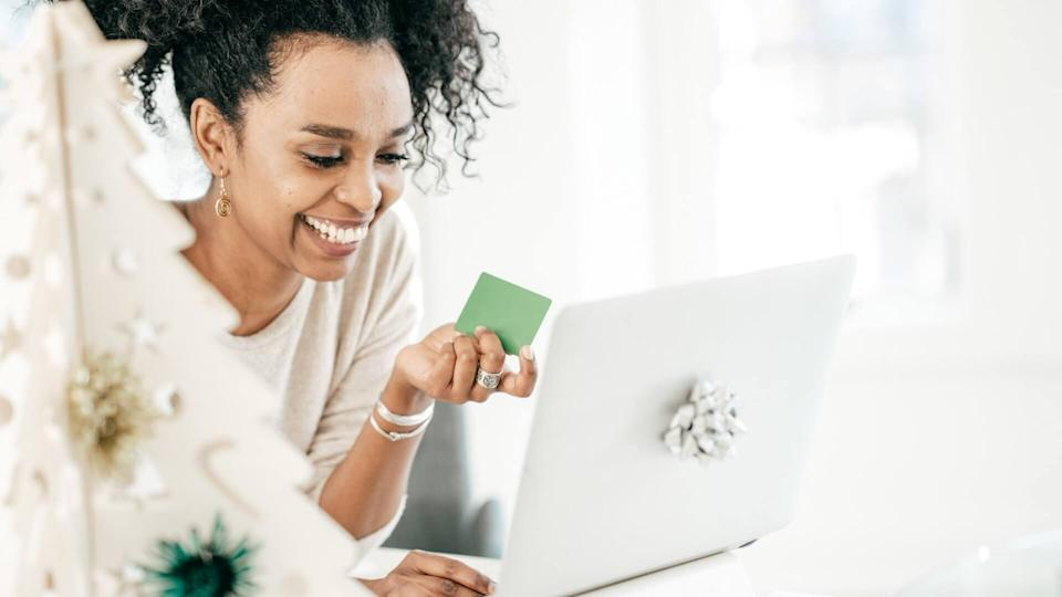 Women buying online with credit card.