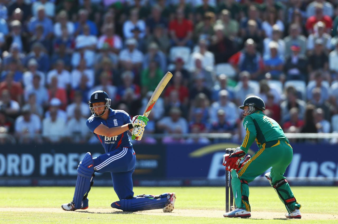 NOTTINGHAM, ENGLAND - SEPTEMBER 05:  Jonny Bairstow of England hits out during the Fifth NatWest Series One Day International match between England and South Africa at Trent Bridge on September 5, 2012 in Nottingham, England.  (Photo by Paul Gilham/Getty Images)
