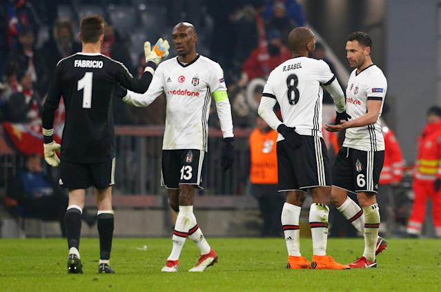 Soccer Football - Champions League Round of 16 First Leg - Bayern Munich vs Besiktas - Allianz Arena, Munich, Germany - February 20, 2018 Besiktas' Fabri, Atiba Hutchinson, Ryan Babel and Dusko Tosic after the match REUTERS/Michaela Rehle