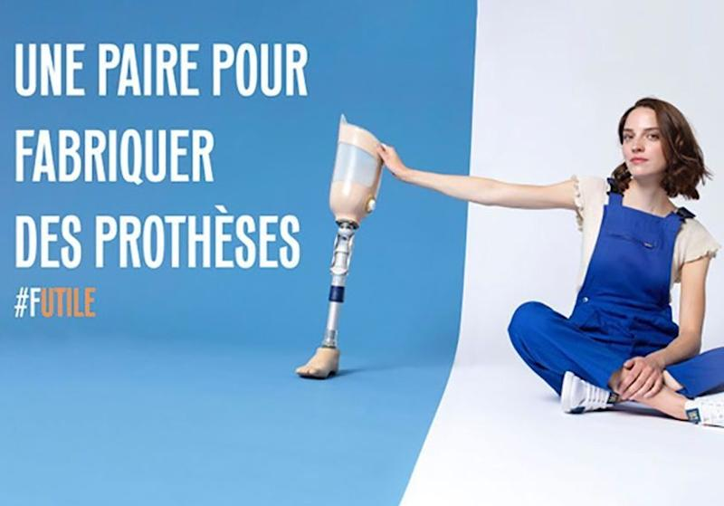 #ElleFashionCrush : Caval s'associe à Handicap International autour d'une basket solidaire
