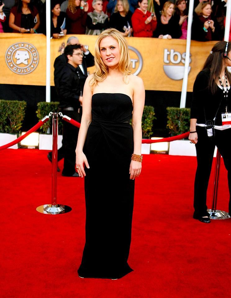 """Anna Paquin's plain dress would've benefited from a shorter hemline. Jeff Vespa/<a href=""""http://www.wireimage.com"""" target=""""new"""">WireImage.com</a> - January 27, 2008"""