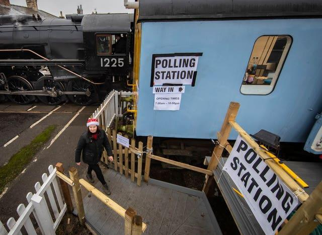 A polling station in a railway carriage in Leeming Bar, North Yorkshire (Danny Lawson/PA)