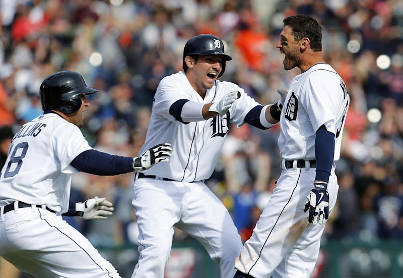 Kinsler's hit lifts Tigers over Royals 2-1 in 10