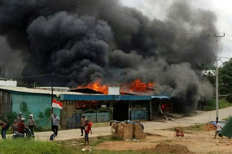 Most of the nearly 300 prisoners who fled when their jail went up in flames have voluntarily returned to serve out the rest of their sentence in Indonesian Papua
