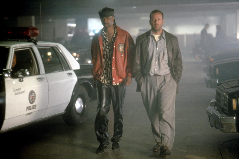 American actors Damon Wayans and Bruce Willis on the set of The Last Boy Scout, directed by Tony Scott. (Photo by Warner Bros. Pictures/Sunset Boulevard/Corbis via Getty Images)