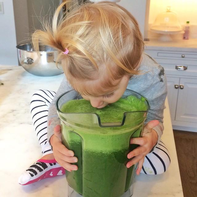 """<p>Gisele helps out a bit in the kitchen, making lunches for her son Benny to take to school. """"She packs that herself,"""" Campbell says. But she's also a green juice fanatic, whipping up fruit-and-vegetable drinks for herself-and apparently her little ones, too-before posting them to Instagram.</p><p><a rel=""""nofollow noopener"""" href=""""https://instagram.com/p/ySI5HmHtD3"""" target=""""_blank"""" data-ylk=""""slk:See the original post on Instagram"""" class=""""link rapid-noclick-resp"""">See the original post on Instagram</a></p>"""