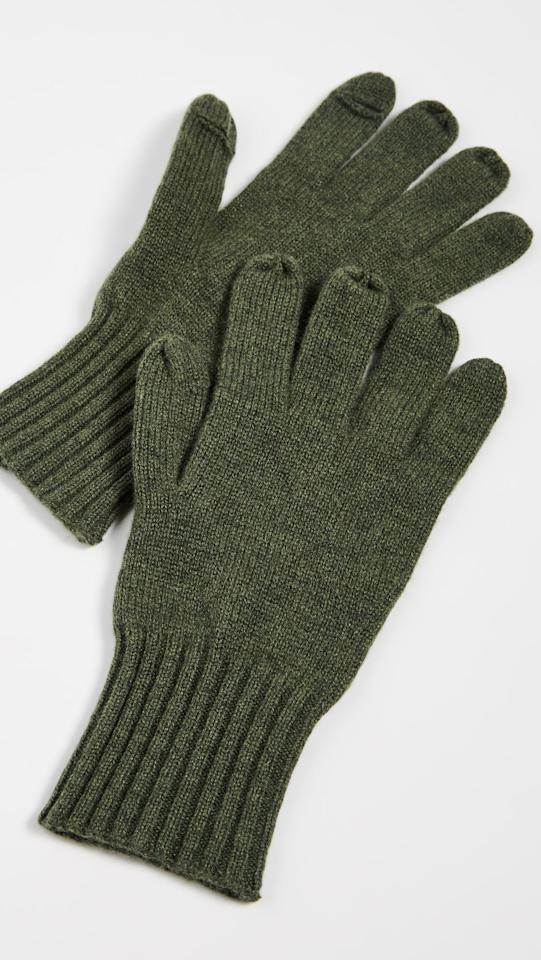 "<p>These <a href=""https://www.popsugar.com/buy/Carolina-Amato-Cashmere-Texting-Gloves-496041?p_name=Carolina%20Amato%20Cashmere%20Texting%20Gloves&retailer=shopbop.com&pid=496041&price=67&evar1=savvy%3Aus&evar9=45472837&evar98=https%3A%2F%2Fwww.popsugar.com%2Fsmart-living%2Fphoto-gallery%2F45472837%2Fimage%2F46696201%2FCarolina-Amato-Cashmere-Texting-Gloves&list1=shopping%2Cgifts%2Choliday%2Cwork%2Cgift%20guide%2Ccommute%2Ctravel%20tips%2Cgifts%20for%20women%2Cgifts%20for%20men&prop13=mobile&pdata=1"" rel=""nofollow"" data-shoppable-link=""1"" target=""_blank"" class=""ga-track"" data-ga-category=""Related"" data-ga-label=""https://www.shopbop.com/cashmere-texting-gloves-carolina-amato/vp/v=1/1533018147.htm?fm=search-viewall&amp;os=false"" data-ga-action=""In-Line Links"">Carolina Amato Cashmere Texting Gloves</a> ($67) are both luxe and practical.</p>"