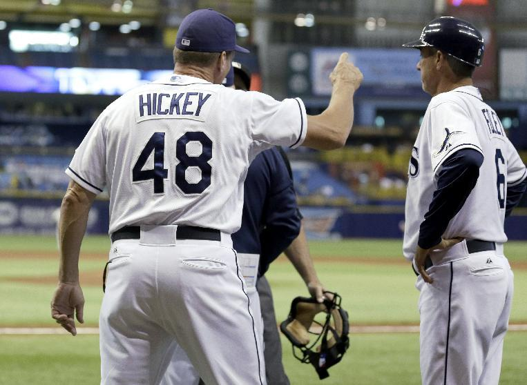 Rays pitching coach Jim Hickey ejected for arguing