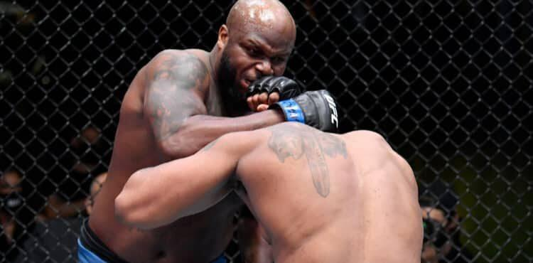 Derrick Lewis clinches Curtis Blaydes at UFC Vegas 19
