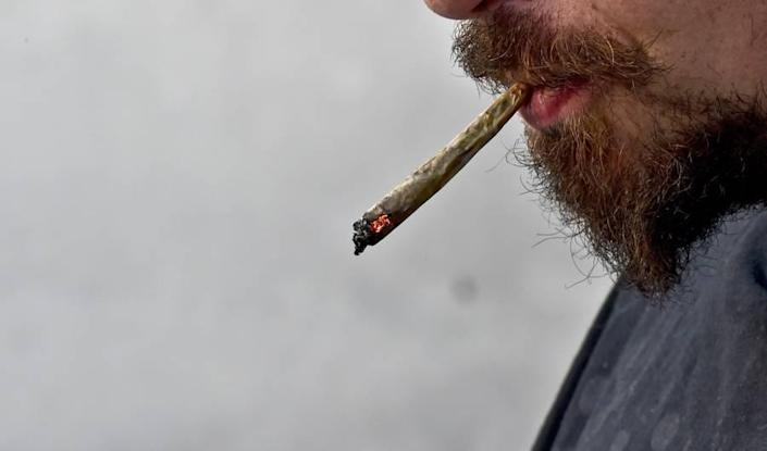 How Long Does Marijuana Stay in Our Systems? Here's Why There's No Definite Answer