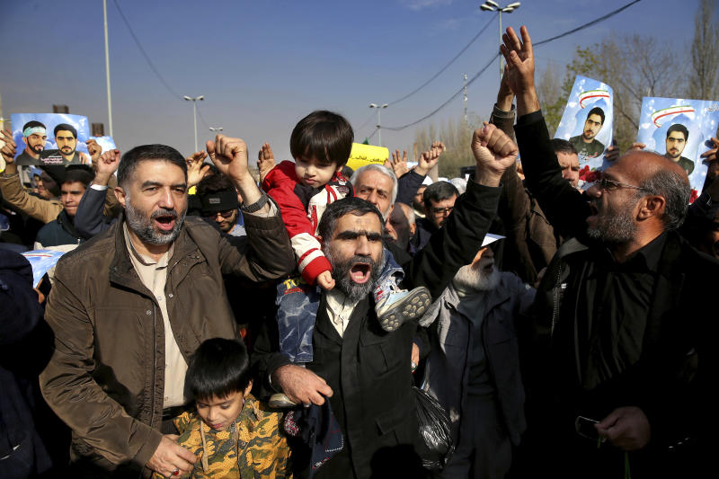 Iranian worshippers chant slogans during a rally against anti-government protestors after the Friday prayer ceremony in Tehran, Iran, Jan. 5, 2018. A hard-line Iranian cleric has called on Iran to create its own indigenous social media apps, blaming them for the unrest that followed days of protest in the Islamic Republic over its economy. (AP Photo/Ebrahim Noroozi)